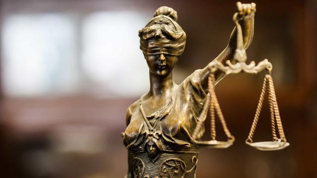 Découvrez les lois les plus étranges du monde