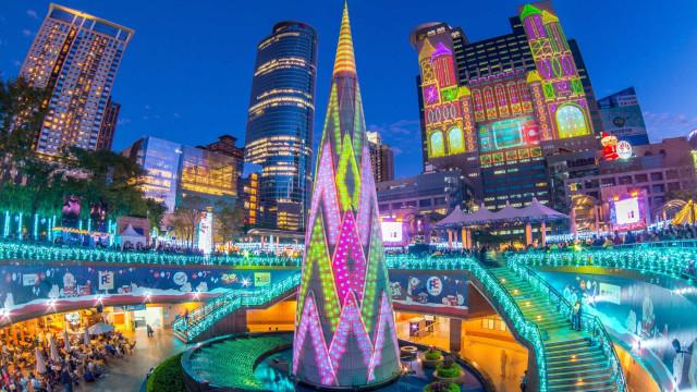 Descubre los árboles de Navidad más bonitos y extraordinarios del mundo