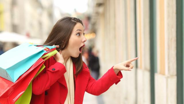 Oniomania: quando lo shopping diventa malattia