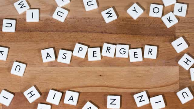 Estos famosos tienen síndrome de Asperger y no lo sabías