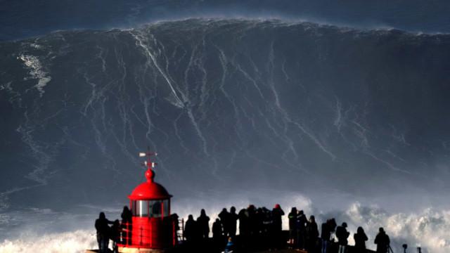 Olas gigantes: Nazaré, el dulce hogar de Poseidón