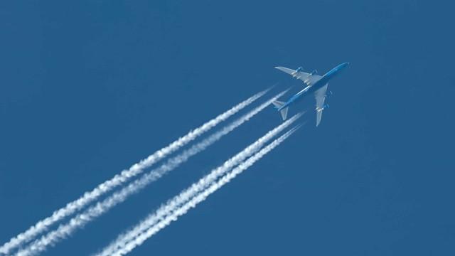 Teorías de la conspiración: rastros químicos dejados por los aviones