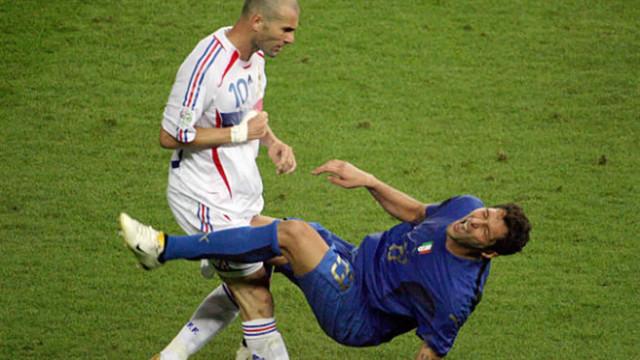 Las peores peleas de la historia del fútbol profesional