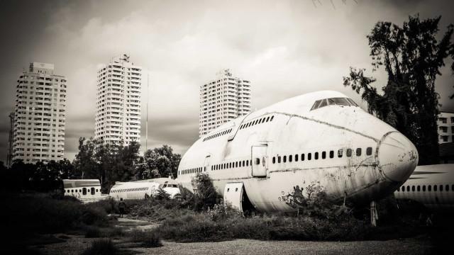 Flugzeugwracks: Diese Riesen der Lüfte sind für immer gelandet