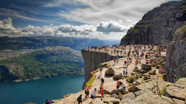 ¡Asómate sin miedo a los acantilados más fascinantes del mundo!