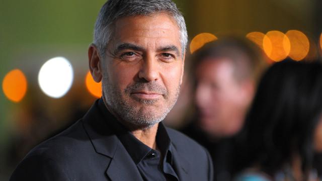 George Clooney diz que Meghan Markle está sendo perseguida como Diana foi