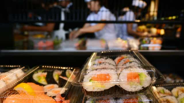 L'illustratrice Margaux Motin signe une collaboration avec Sushi Shop