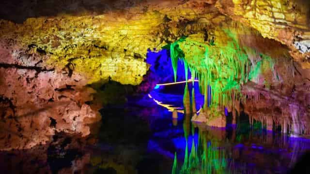 Paraíso oculto: los lagos y ríos subterráneos más fascinantes del planeta