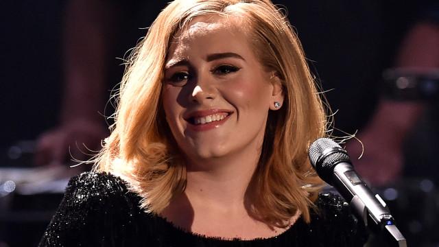 Adele é a celebridade britânica mais rica com fortuna de R$ 700 milhões