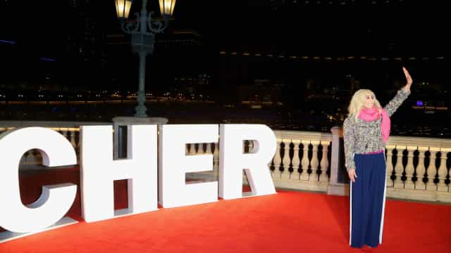Cher announces 2018 Australian arena tour