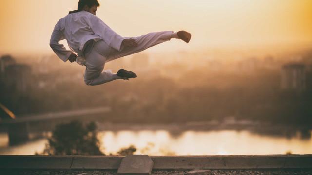 Meglio fare Yoga o sesso? Ecco le attività che bruciano più calorie