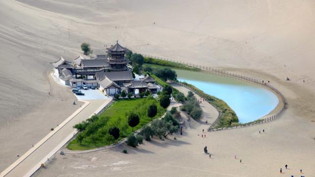 2,000년의 역사를 간직한 중국의 오아시스, 월아천