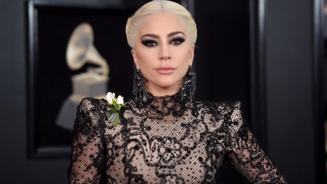 """Lady Gaga sobre problemas mentais: """"Apagava por instantes. Via flashes"""""""