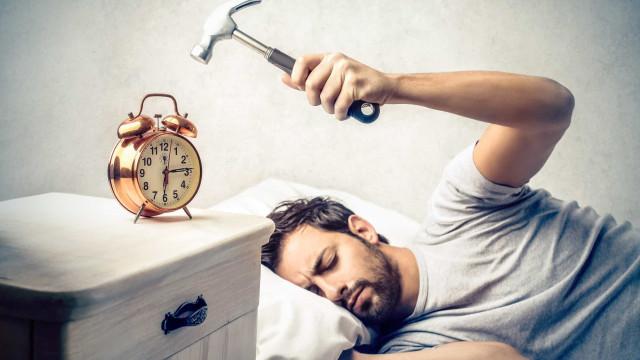 Uitslapen in het weekend verlengt je leven