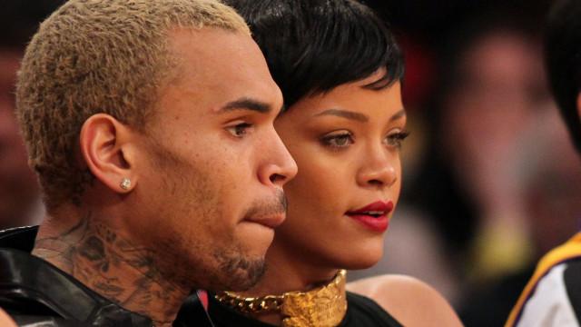 Chris Brown ainda tem esperança em voltar namorar com Rihanna