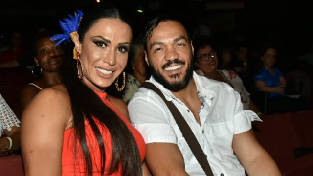 """Gracyanne Barbosa: """"Rezo todos os dias para que a Viviane encontre alguém"""""""