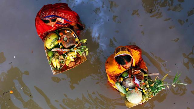 Naviguez sur les eaux sacrées du Gange