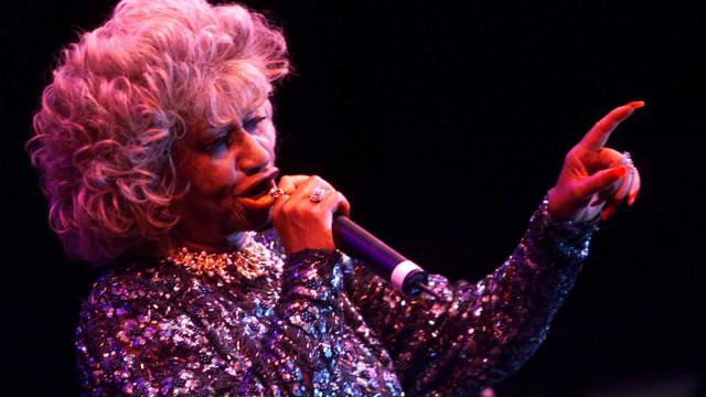 Recordando la vida de carnaval de Celia Cruz