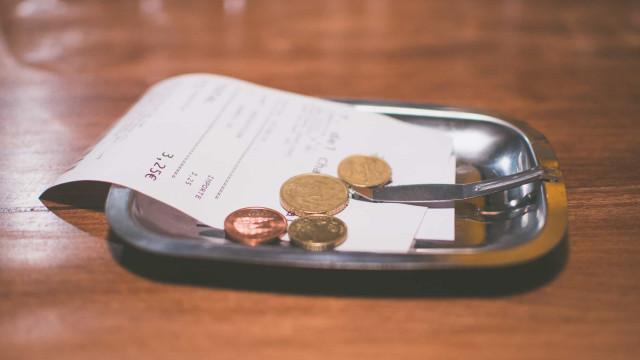 Tiedätkö kuinka paljon tippiä eri maissa kuuluu antaa?