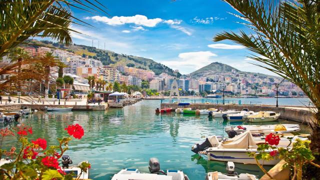 Oubliez l'Italie ou la Côte d'Azur, direction l'Albanie!