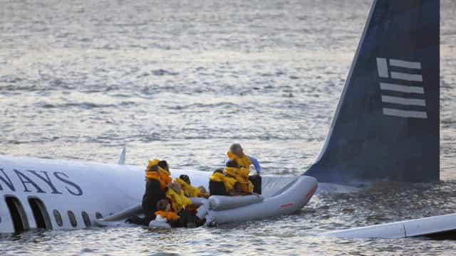 Ein Wunder: Diese Menschen überlebten einen Flugzeugabsturz