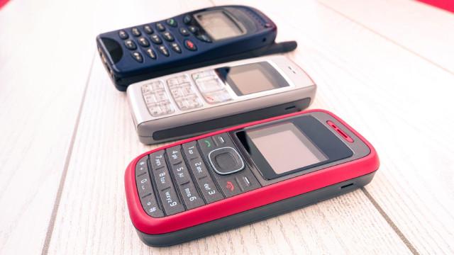 'Domme telefoons' maken terugkeer