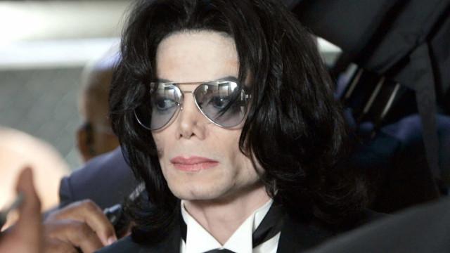 Michael Jackson, il tenero e controverso Re del Pop
