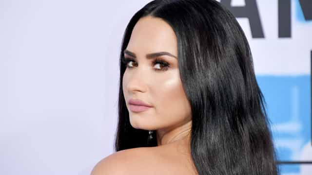 "Demi Lovato's drug dealer claims ""she knew"" the aftermarket pills were dangerous"