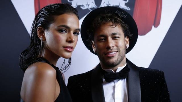 Bruna Marquezine revela que superou a depressão com ajuda de Neymar