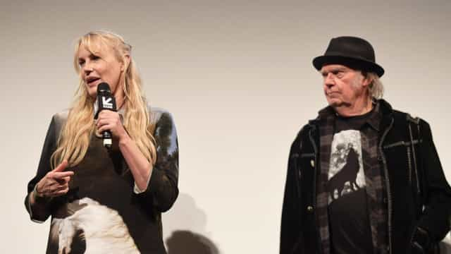 Are Neil Young and Daryl Hannah married? How this Hollywood couple kept it quiet