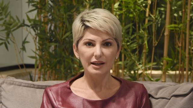 """Após ameça de processo, Antonia Fontenelle detona Castrinho: """"Não vai conseguir"""""""