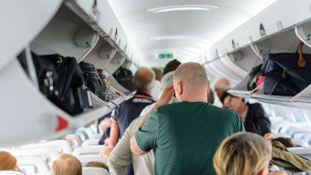 Steeds meer passagiers in vliegtuigen