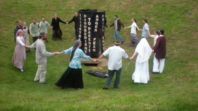 전 세계를 충격과 공포로 몰아넣은 사이비 종교 집단