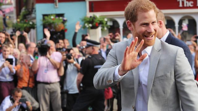 Le prince Harry met un vent à son ex