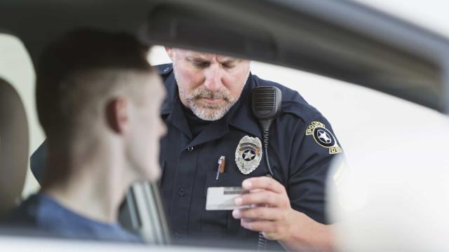Siri kann automatisch die Polizeikontrolle aufzeichnen