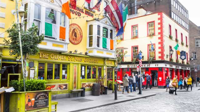 "Discover Ireland, forever the ""Emerald Isle"""