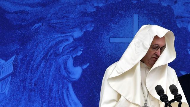 Le dichiarazioni shock di Papa Bergoglio sull'aborto