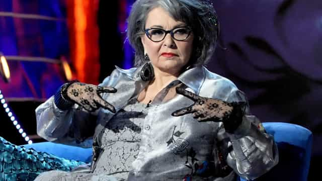 Roseanne Barr lashes out in shocking response to her character's death