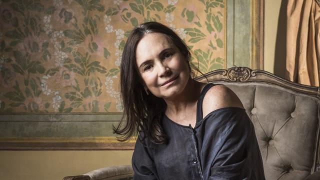 """Regina Duarte fala sobre homofobia pregada por Bolsonaro: """"É da boca pra fora"""""""