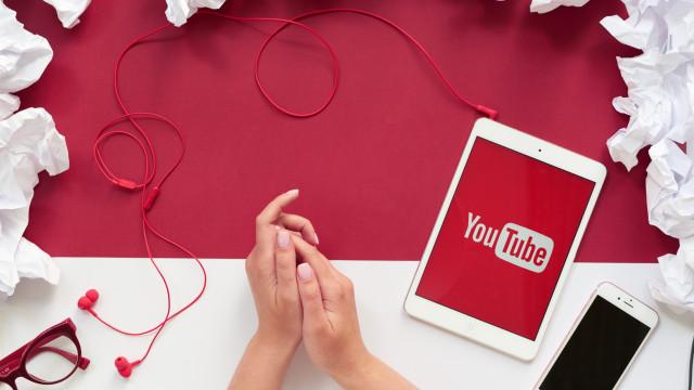 YouTube si rinnova: ecco come passare al tema scuro!