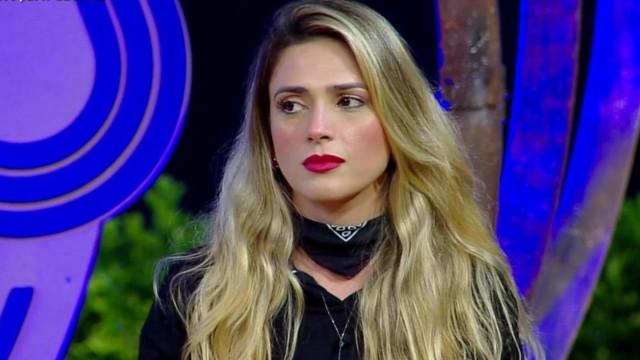 """Nadja Pessoa insinua que Luane Dias mentiu sobre tentativa de suicídio: """"Holofote"""""""