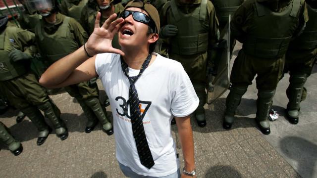 Opiskelijat ympäri maailman nousevat barrikadeille paremman koulutuksen puolesta