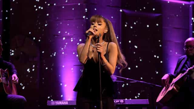 """Ariana Grande says recovering from Manchester attack is """"impossible"""""""