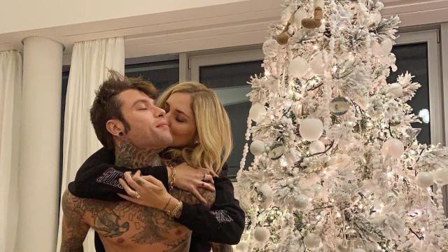 Cosa regalerà Fedez a Chiara Ferragni per Natale?