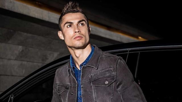 Cristiano Ronaldo inflaciona preço e vende seu primeiro carro por R$ 80 mil