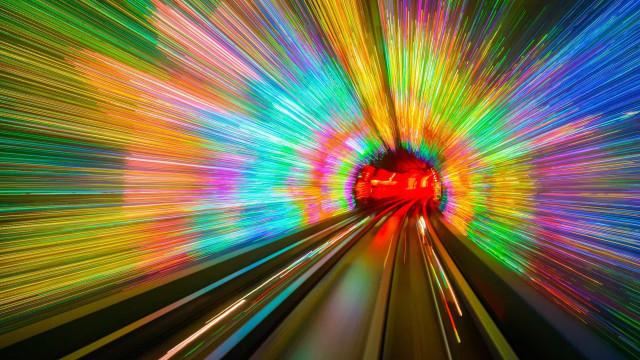Surpreenda-se com os túneis mais belos do mundo