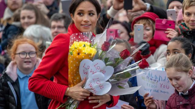 Meghania tapaamassa: Sussexin herttuattaren kierros kansan parissa