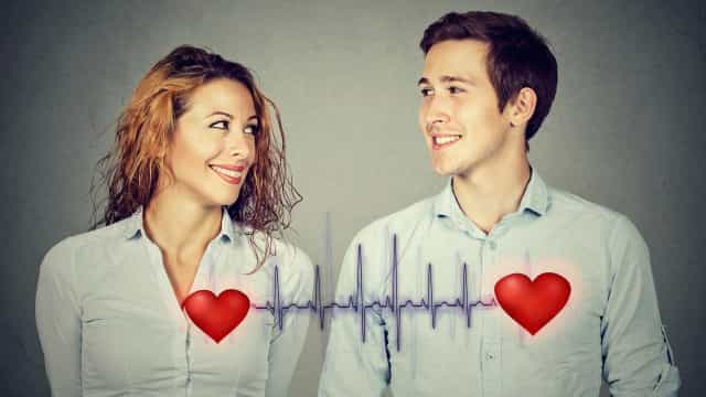 Mitä kehossa tapahtuu rakastuessa? Tiede rakkauden takana