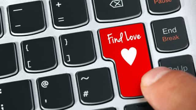 Dating in the digital era: how to find love online
