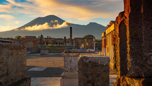 Storia, cultura e meraviglie naturali a un passo da Napoli